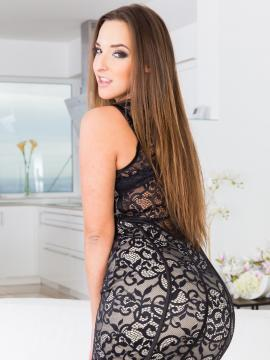 amirah-adara brunette dress non-nude