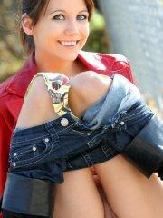 Pictures of teen star Andi Land flashing in public