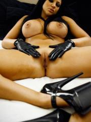 Pictures of Audrey Bitoni getting kinky with a speculum