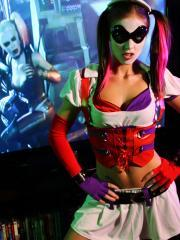 Bailey Knox gives you a little Harley Quinn from Arkham Asylum cosplay