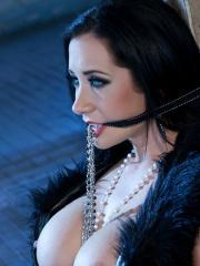 Jayden Jaymes is a glamourous damsel in this hardcore scene!