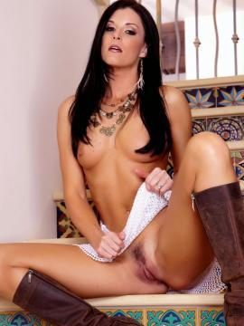 Pictures of India Summer getting her pussy ready for you