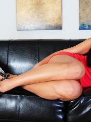 Cierra Spice strips off her red dress to give you her amazing body