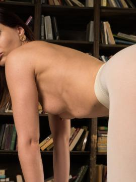 Jeny Smith in Naughty Bookworm