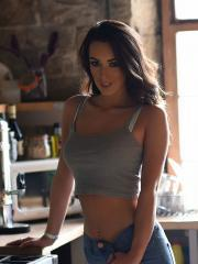Beautiful girl Lauren Louise strips out of her blue jeans