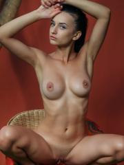 """Stunning girl Gloria Sol gets naked for you in """"Dineba"""""""