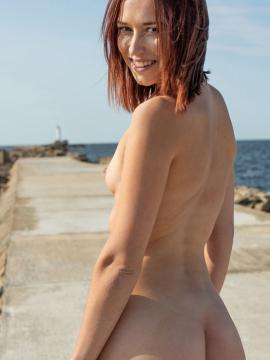 Mina K gets naked outside in Day At The Pier