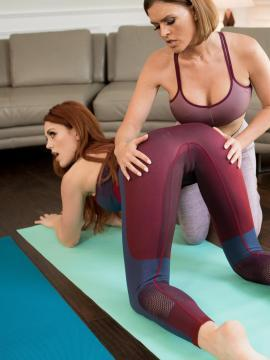 Molly Stewart goes lesbian with Krissy Lynn on yoga mat