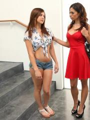 Hot teen Leah Gotti has a threesome with her step-mom