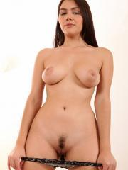 Gorgeous babe Valentina Nappi flaunts her unbelievable curves