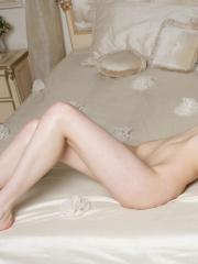 """Brunette babe Quillian gets naked for you in bed in """"Lingeras"""""""