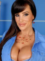 Busty hottie Lisa Ann strips and masturbates just for you
