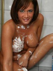 Pictures of Tory Lane shaving her legs in the shower