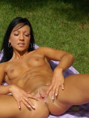 Trista Stevens gets naked and spreads her legs at the picnic