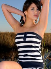 Hot teen Shyla Jennings gets naked in the wide open field