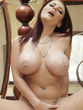 Sophie Dee shows her big boobs
