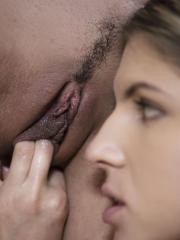 """Cosette and Gina get it on in """"Closeness"""""""