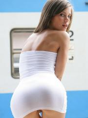 Hot girl Little Caprice strips down to her heels in