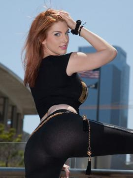 Hot redhead girl Lilith Lust is a sexy Boss Barbie