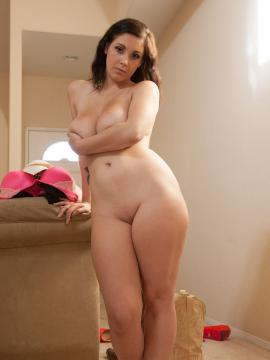 Busty babe Noelle Easton shows you her big natural boobs